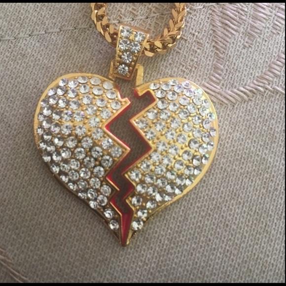 Jewelry - Broken heart necklace